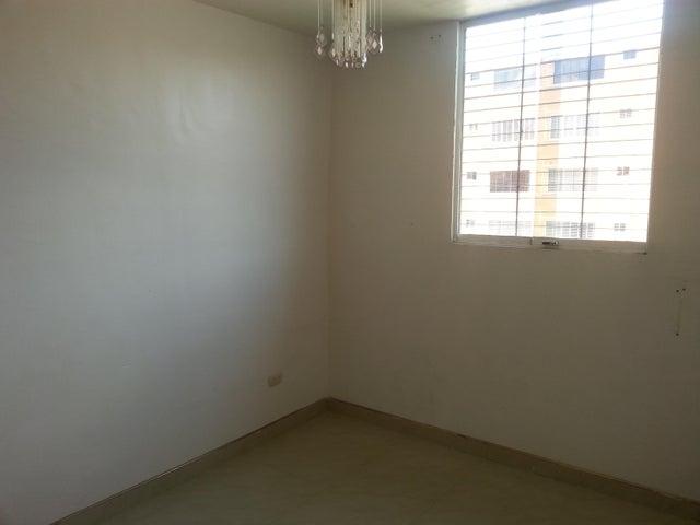 Apartamento Carabobo>Municipio San Diego>El Tulipan - Venta:2.037.000.000 Bolivares Fuertes - codigo: 18-3677