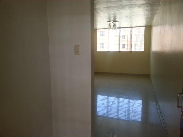 Apartamento Carabobo>Municipio San Diego>El Tulipan - Venta:8.500 Precio Referencial - codigo: 18-3677