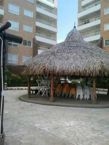 Apartamento Miranda>Higuerote>Agua Sal - Venta:7.921.000.000 Bolivares Fuertes - codigo: 18-3681