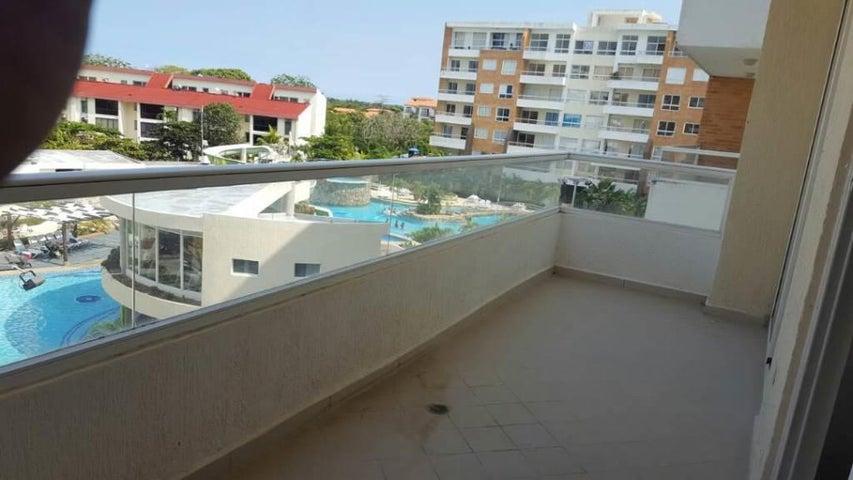 Apartamento Miranda>Higuerote>Agua Sal - Venta:3.627.000 Precio Referencial - codigo: 18-3681