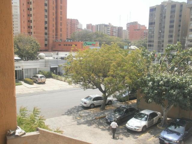 Local Comercial Zulia>Maracaibo>Avenida Bella Vista - Alquiler:339.000.000 Bolivares - codigo: 18-3693
