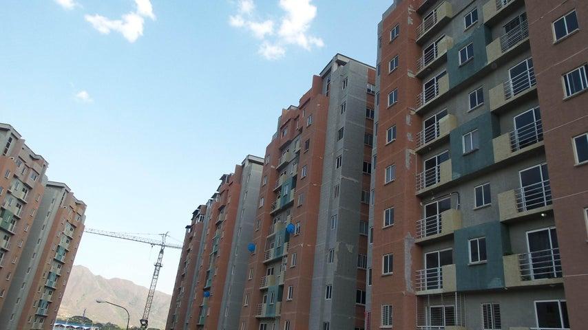 Apartamento Carabobo>Municipio San Diego>Montemayor - Venta:2.941.817.265 Bolivares Fuertes - codigo: 18-3701