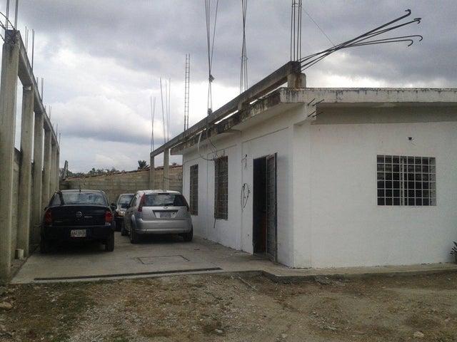 Casa Lara>Cabudare>Parroquia Jose Gregorio - Venta:93.030.000.000 Precio Referencial - codigo: 18-3700