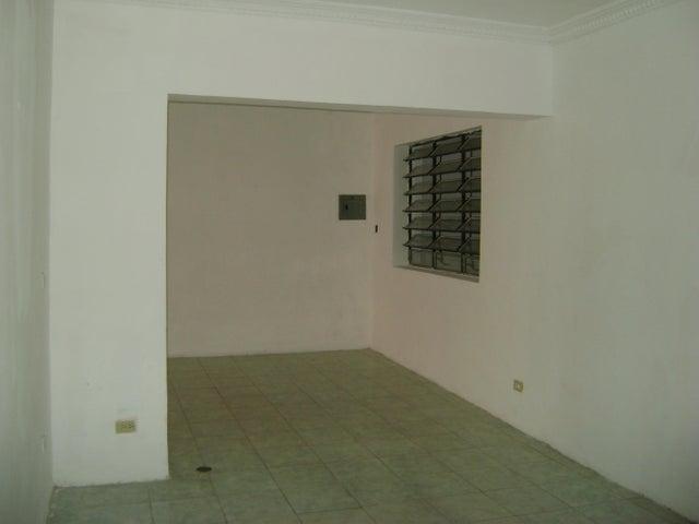 Casa Distrito Metropolitano>Caracas>Santa Monica - Alquiler:600 Precio Referencial - codigo: 18-2931