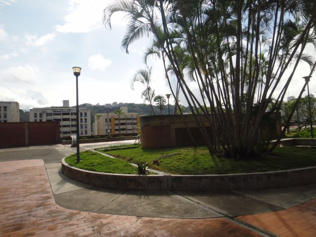 Apartamento Distrito Metropolitano>Caracas>Santa Paula - Venta:100.000 Precio Referencial - codigo: 18-3780