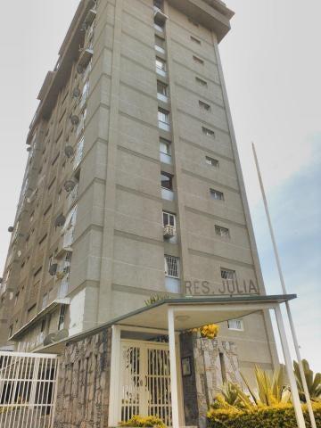 Apartamento Distrito Metropolitano>Caracas>Colinas de Santa Monica - Venta:80.000 Precio Referencial - codigo: 18-3877
