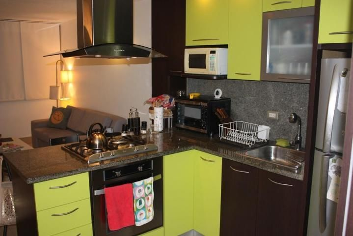 Apartamento Distrito Metropolitano>Caracas>Lomas del Sol - Alquiler:350 Precio Referencial - codigo: 18-4056