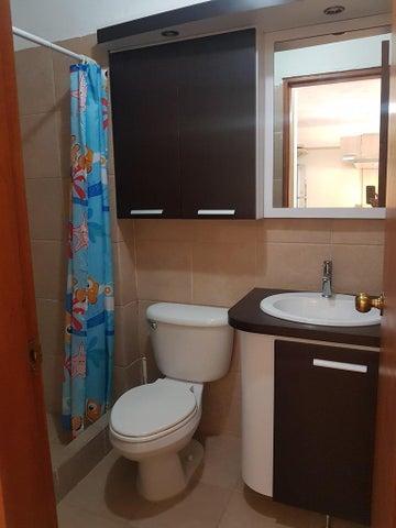 Apartamento Miranda>Rio Chico>Los Canales de Rio Chico - Venta:126.694.000.000 Precio Referencial - codigo: 15-12270