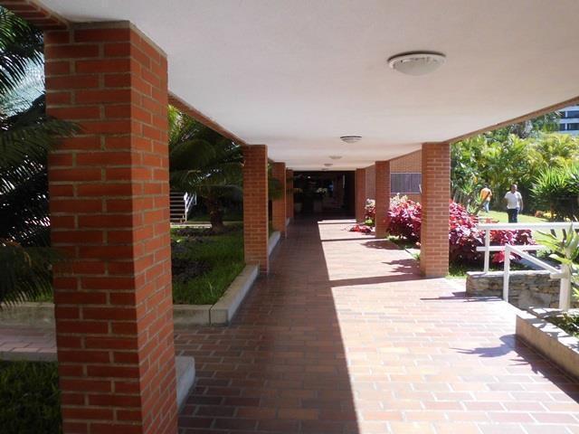 Apartamento Distrito Metropolitano>Caracas>La Alameda - Venta:275.000 Precio Referencial - codigo: 18-4229
