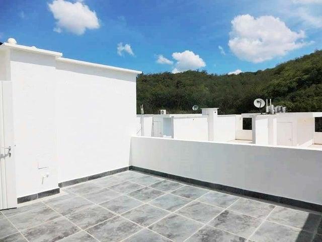 Townhouse Miranda>Charallave>Paso Real - Venta:50.420.000.000 Precio Referencial - codigo: 16-8652