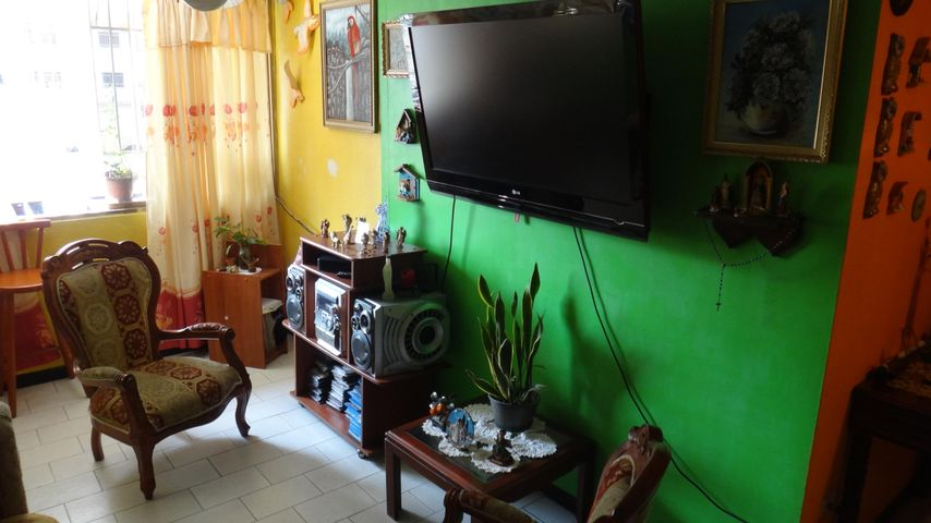 Apartamento Distrito Metropolitano>Caracas>Parroquia La Candelaria - Venta:35.000 Precio Referencial - codigo: 18-4374