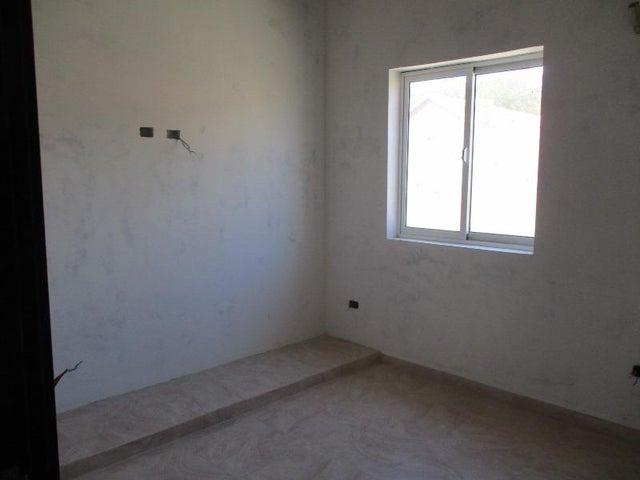 Casa Nueva Esparta>Margarita>Maneiro - Venta:30.000 Precio Referencial - codigo: 18-4514
