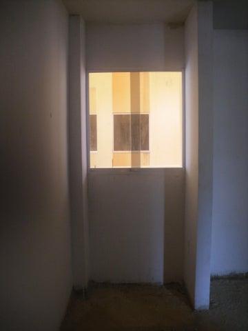 Apartamento Miranda>Guatire>Las Bonitas - Venta:9.000 Precio Referencial - codigo: 18-4675