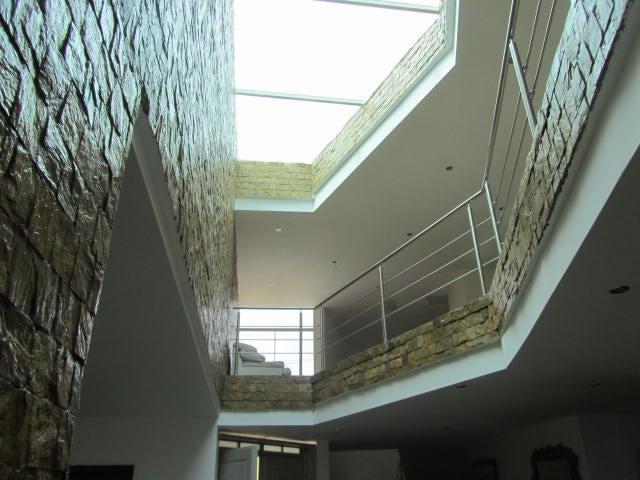 Casa Distrito Metropolitano>Caracas>Los Guayabitos - Alquiler:3.500 US Dollar - codigo: 18-4711