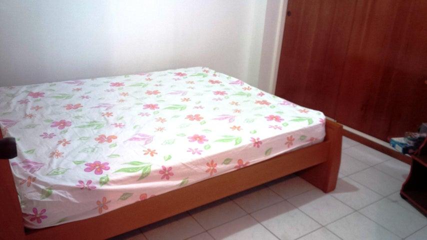 Apartamento Distrito Metropolitano>Caracas>Valle Abajo - Venta:23.329.000 Precio Referencial - codigo: 18-4756