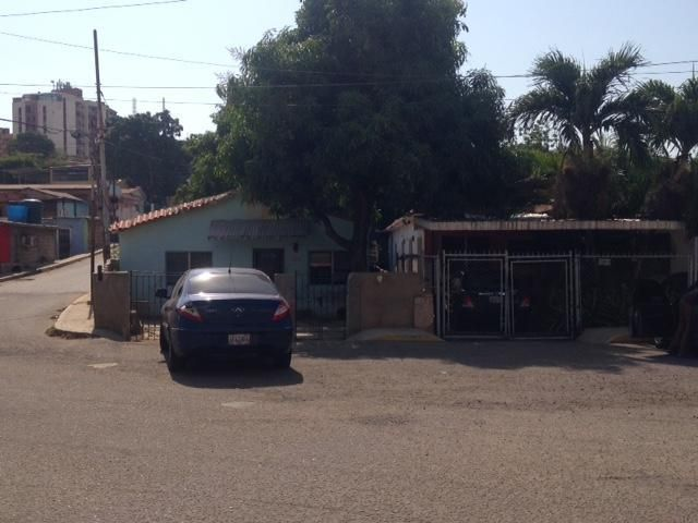 Casa Zulia>Maracaibo>Cerros de Marin - Venta:9.500 US Dollar - codigo: 18-4913