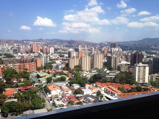 Apartamento Distrito Metropolitano>Caracas>Los Dos Caminos - Venta:34.295.000.000 Precio Referencial - codigo: 16-15864