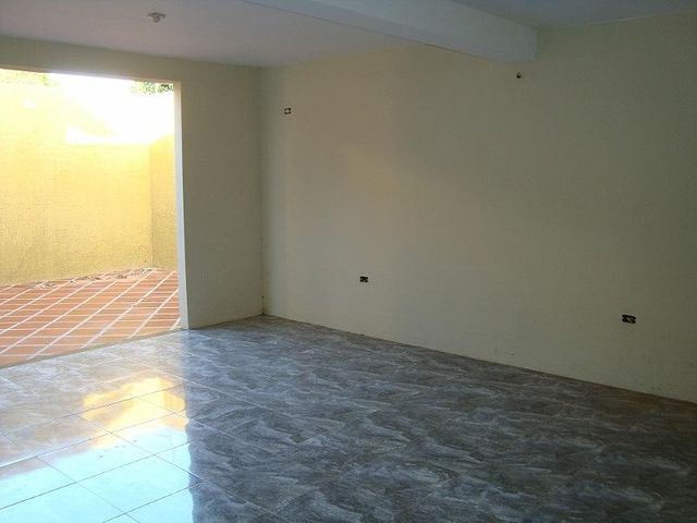 Casa Anzoategui>El Tigre>Sector Avenida Jesus Subero - Venta:90.000 US Dollar - codigo: 18-6351