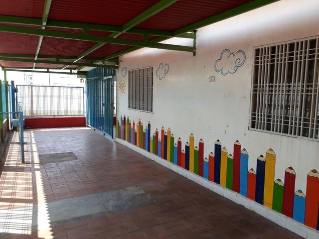Local Comercial Zulia>Ciudad Ojeda>La N - Venta:49.993.000 Precio Referencial - codigo: 18-5027