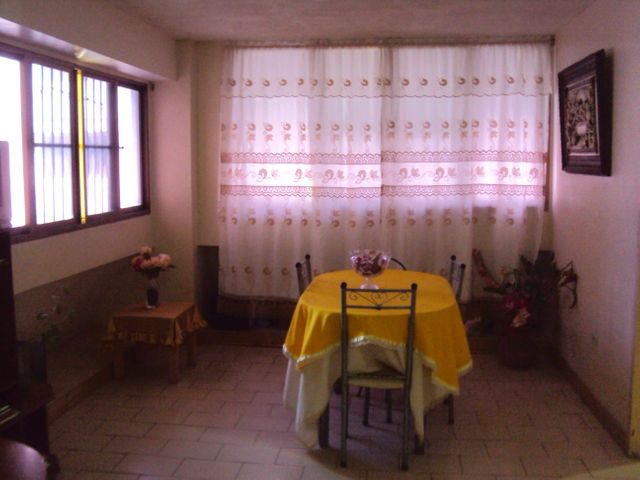 Apartamento Falcon>Coro>Av los Medanos - Venta:4.580.000.000 Precio Referencial - codigo: 18-5038