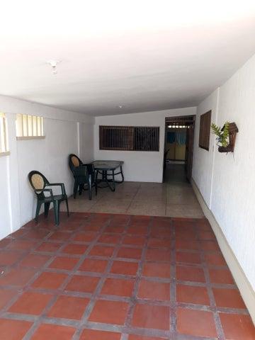 Casa Zulia>Maracaibo>Cumbres de Maracaibo - Venta:6.140.000 Precio Referencial - codigo: 18-5026