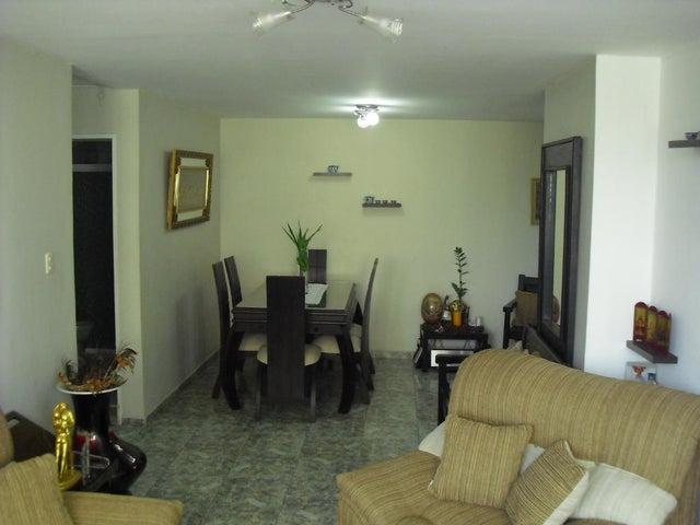 Apartamento Lara>Barquisimeto>Club Hipico Las Trinitarias - Venta:81.886.000.000 Precio Referencial - codigo: 18-5028