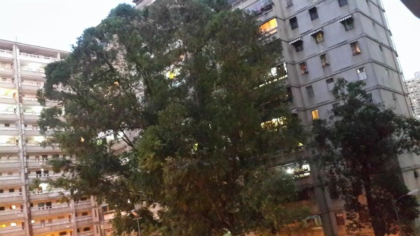 Apartamento Distrito Metropolitano>Caracas>Caricuao - Venta:7.329.000.000 Precio Referencial - codigo: 18-5030