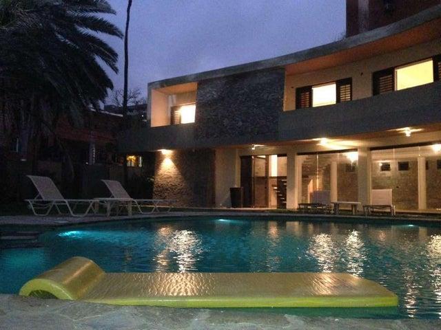 Casa Vargas>Catia La Mar>Playa Grande - Venta:465.263.000.000 Precio Referencial - codigo: 18-5041