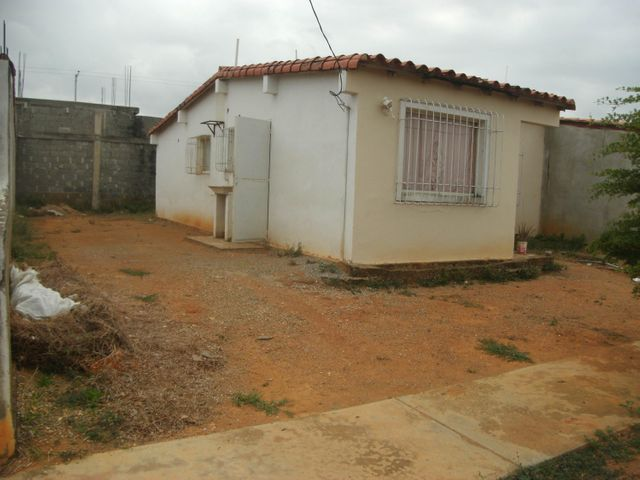 Casa Yaracuy>Yaritagua>Municipio Peña - Venta:15.000 Precio Referencial - codigo: 18-5050