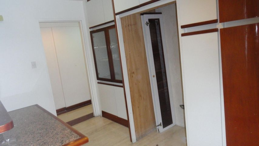 Apartamento Distrito Metropolitano>Caracas>Manzanares - Alquiler:1.489.000.000 Precio Referencial - codigo: 18-5052