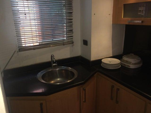 Apartamento Carabobo>Municipio San Diego>El Tulipan - Venta:11.000 US Dollar - codigo: 18-5055