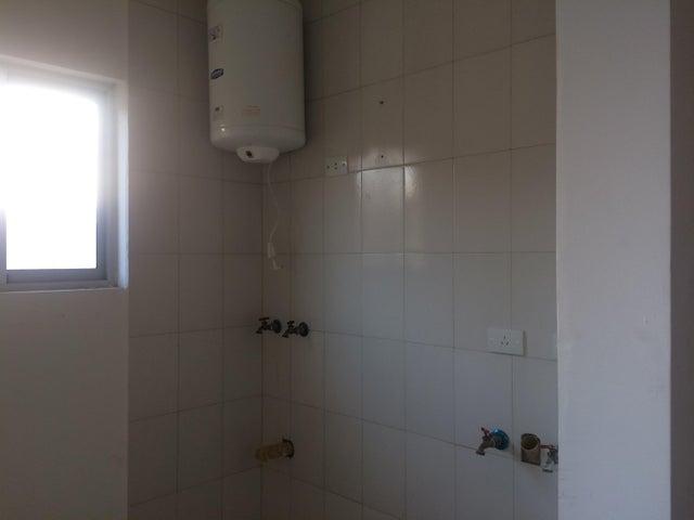 Apartamento Carabobo>Valencia>Las Chimeneas - Venta:7.018.000 Precio Referencial - codigo: 18-5056