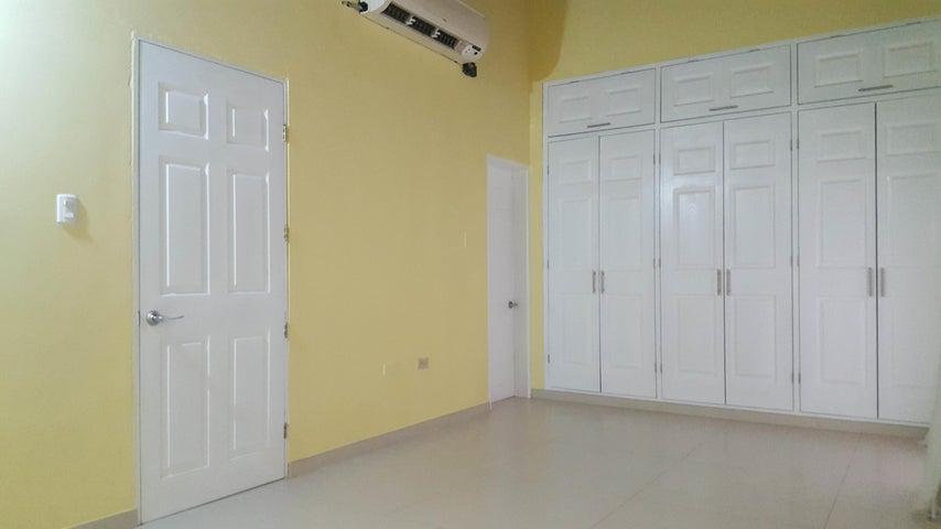 Casa Falcon>Coro>Prolongación Manaure - Venta:2.792.000 Precio Referencial - codigo: 18-5062