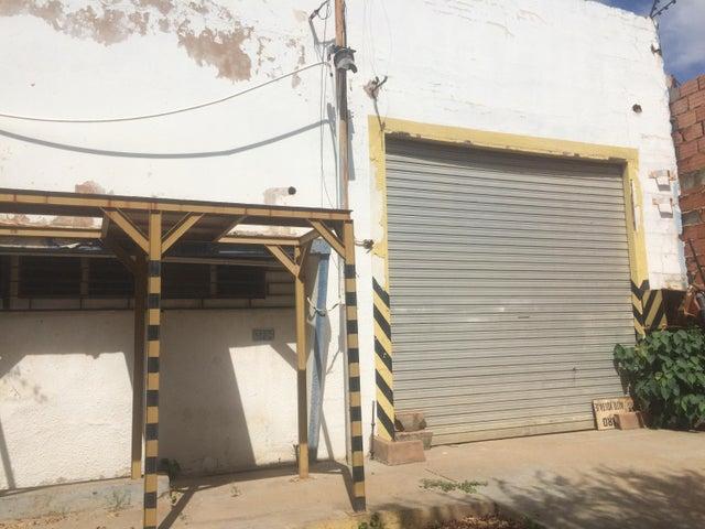 Galpon - Deposito Zulia>Maracaibo>Zona Industrial Sur - Venta:18.000 Precio Referencial - codigo: 18-5063