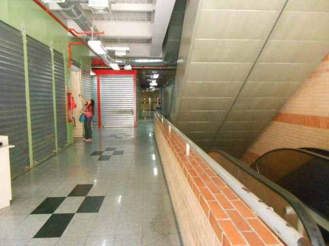 Local Comercial Distrito Metropolitano>Caracas>Chacao - Venta:6.784.000 Precio Referencial - codigo: 18-5078