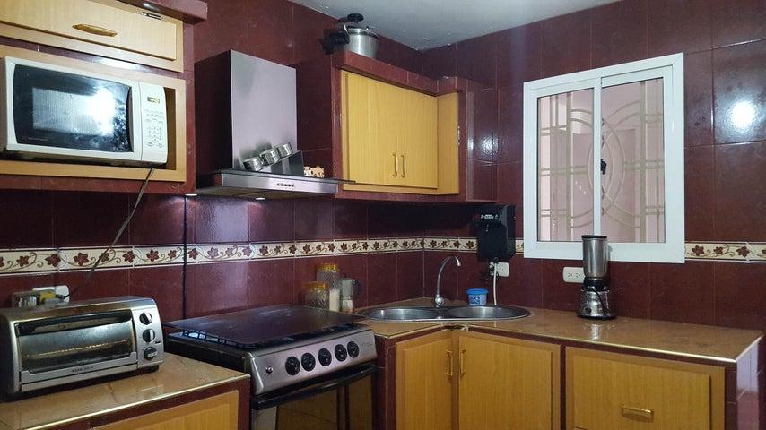 Casa Falcon>Coro>Las Eugenias - Venta:2.931.000.000 Precio Referencial - codigo: 18-5076