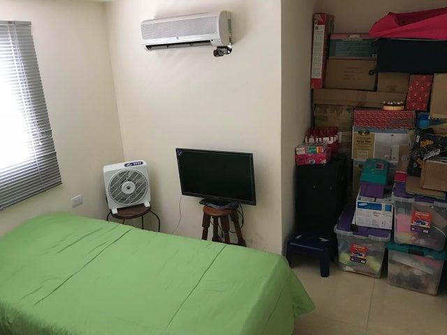 Casa Zulia>Maracaibo>La Limpia - Venta:3.683.000 Precio Referencial - codigo: 18-5094