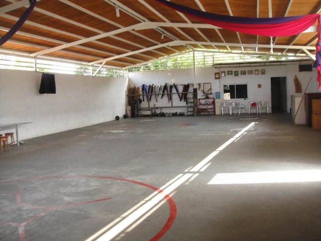 Local Comercial Lara>Barquisimeto>Parroquia Catedral - Alquiler:150 Precio Referencial - codigo: 18-5100