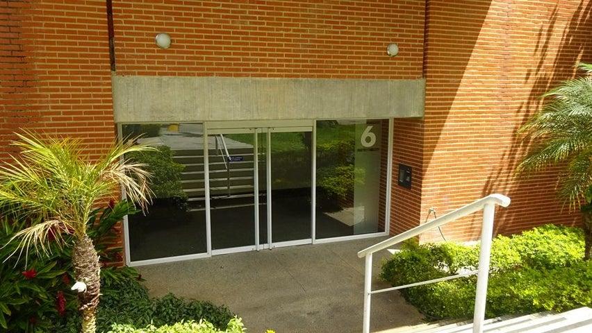 Apartamento Distrito Metropolitano>Caracas>Villa Nueva Hatillo - Venta:72.000 US Dollar - codigo: 18-5092