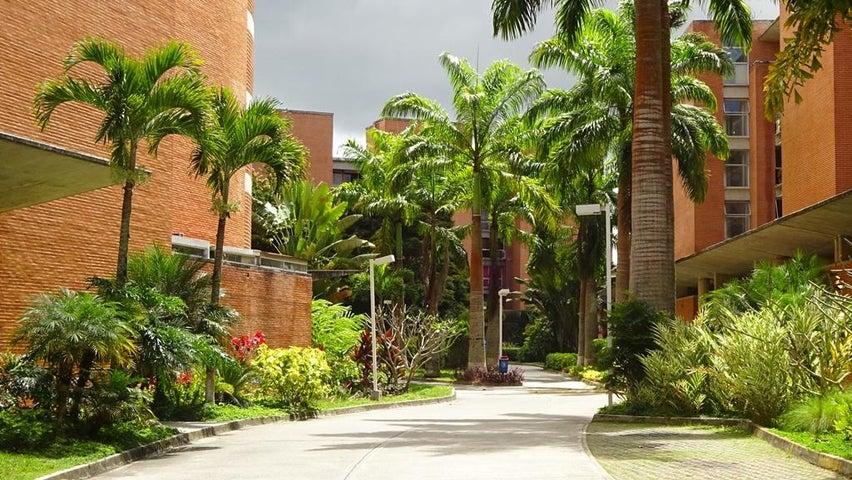 Apartamento Distrito Metropolitano>Caracas>Villa Nueva Hatillo - Venta:43.278.000 Precio Referencial - codigo: 18-5092