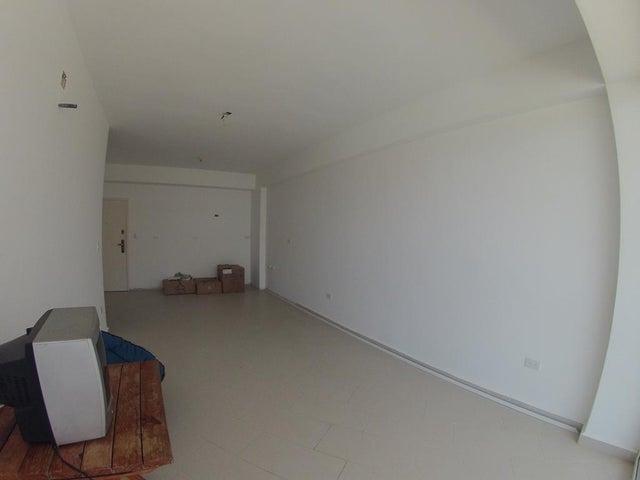 Apartamento Miranda>Higuerote>Agua Sal - Venta:35.000 US Dollar - codigo: 18-3681