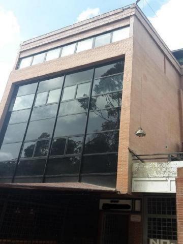 Oficina Distrito Metropolitano>Caracas>La Trinidad - Alquiler:150 Precio Referencial - codigo: 18-5124