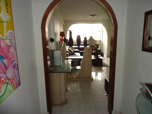 Apartamento Distrito Metropolitano>Caracas>Santa Fe Norte - Alquiler:3.053.000 US Dollar - codigo: 18-5162
