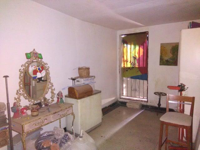 Casa Aragua>Maracay>Las Acacias - Venta:1.506.933.000 Precio Referencial - codigo: 18-5159