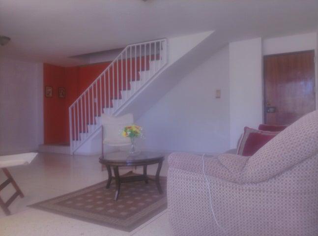 Apartamento Falcon>Punto Fijo>Santa Irene - Venta:15.000 US Dollar - codigo: 18-5192
