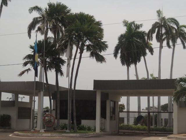 Casa Zulia>Maracaibo>La Lago - Venta:800.000 Precio Referencial - codigo: 18-5244