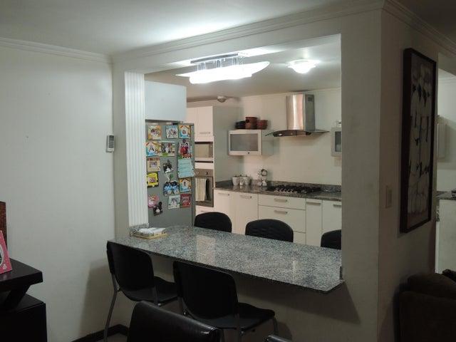 Townhouse Zulia>Maracaibo>La Picola - Venta:59.000 Precio Referencial - codigo: 18-5297