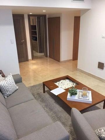 Apartamento Zulia>Maracaibo>Avenida El Milagro - Venta:400.000 Precio Referencial - codigo: 18-5405