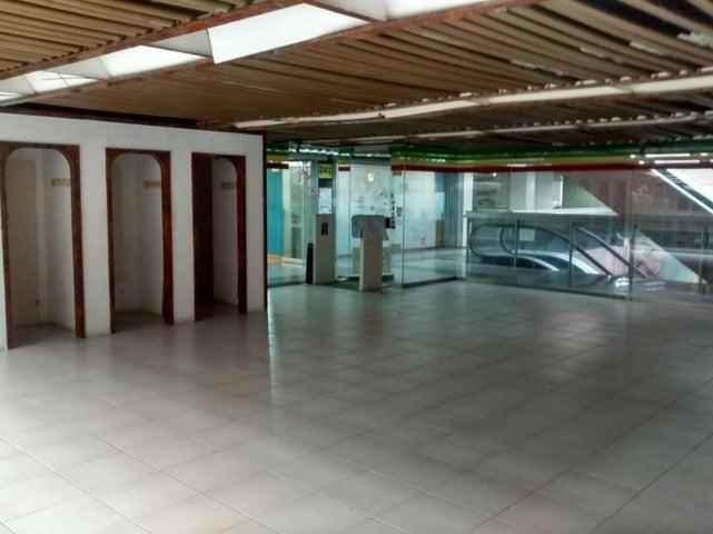 Local Comercial Carabobo>Valencia>Avenida Bolivar Norte - Venta:13.000 US Dollar - codigo: 18-5465