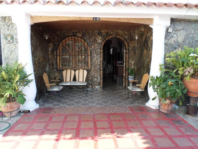 Casa Lara>Barquisimeto>Parroquia Juan de Villegas - Venta:17.000 US Dollar - codigo: 18-5610